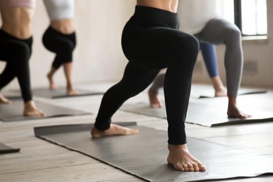Best Slimming Yoga Pants and Leggings for Women